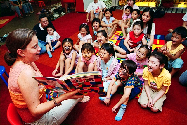storytelling to increase readership